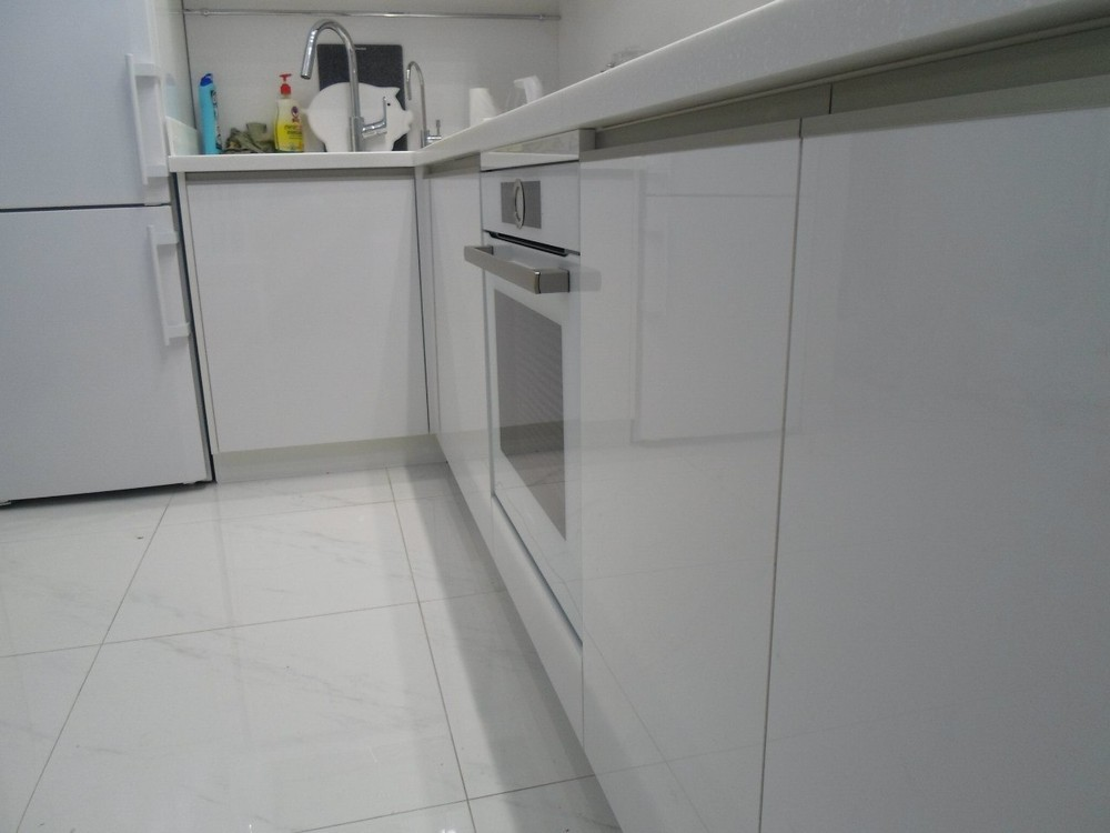 Акриловые кухни-Кухня МДФ в эмали «Модель 203»-фото9